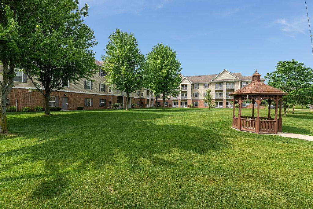 Elmhaven Manor exterior