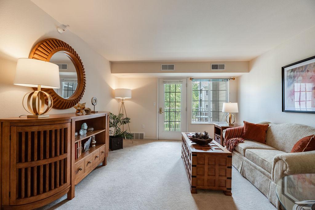 Elmhaven Manor living room interior