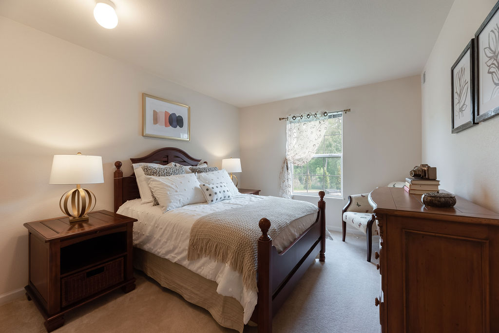 Bedroom interior at Elmhaven Manor